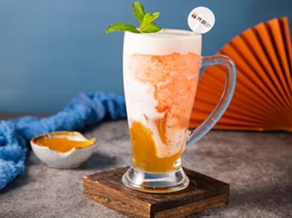 美蛙鱼头加盟甜品水蜜桃酸奶
